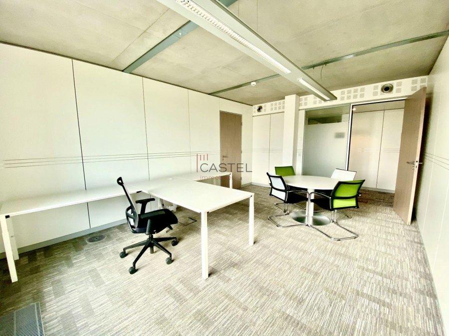 louer bureau 3 chambres 68.88 m² strassen photo 5