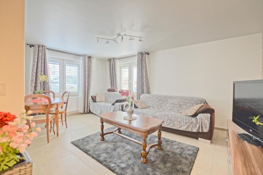 Maison individuelle à vendre 6 chambres à Goeblange