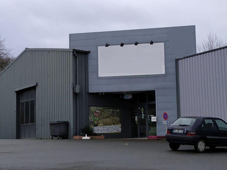 louer entrepôt 0 pièce 140 m² saint-berthevin photo 1