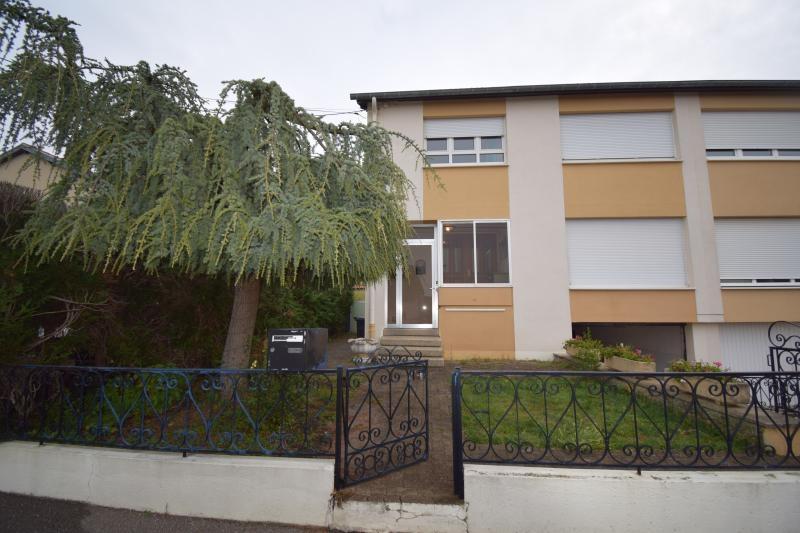 Maison à louer F4 à Sainte-marie-aux-chenes