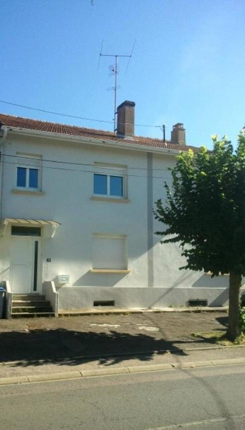 Maison à louer F4 à Remilly