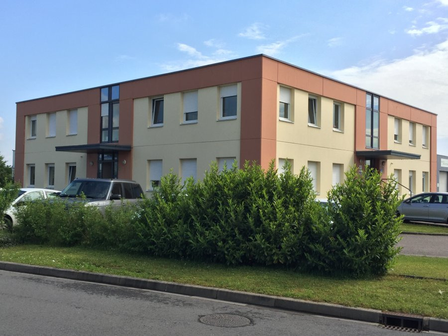 louer local commercial 0 pièce 100 m² semécourt photo 1
