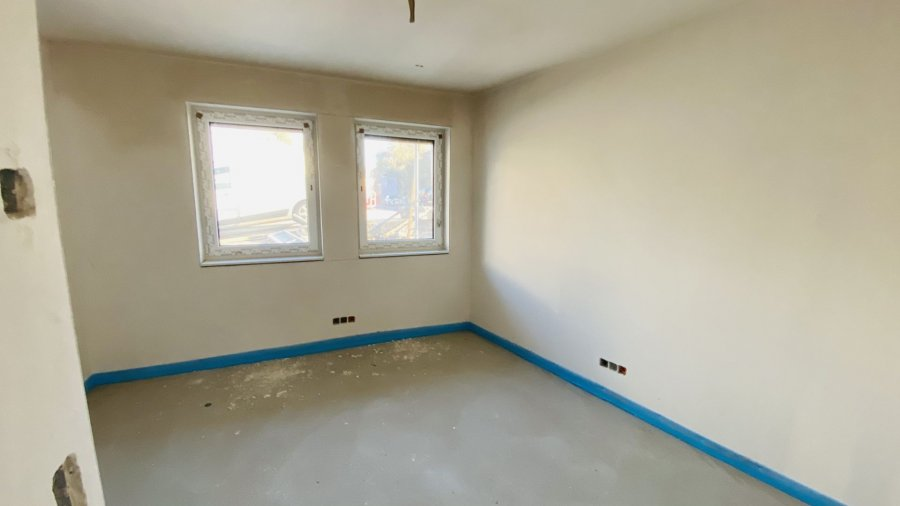 acheter bureau 4 chambres 96.39 m² imbringen photo 1