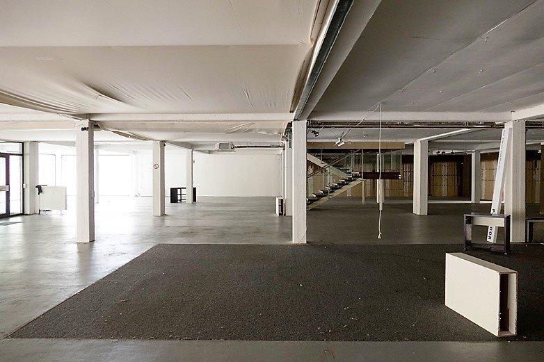 ladenfläche kaufen 0 zimmer 2853 m² daun foto 2