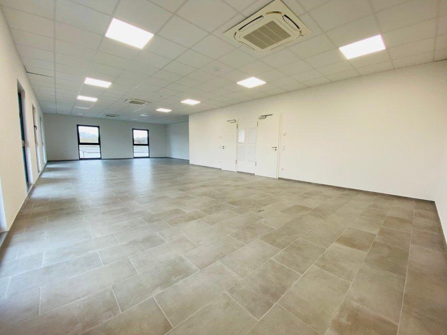 louer bureau 0 chambre 255 m² contern photo 1