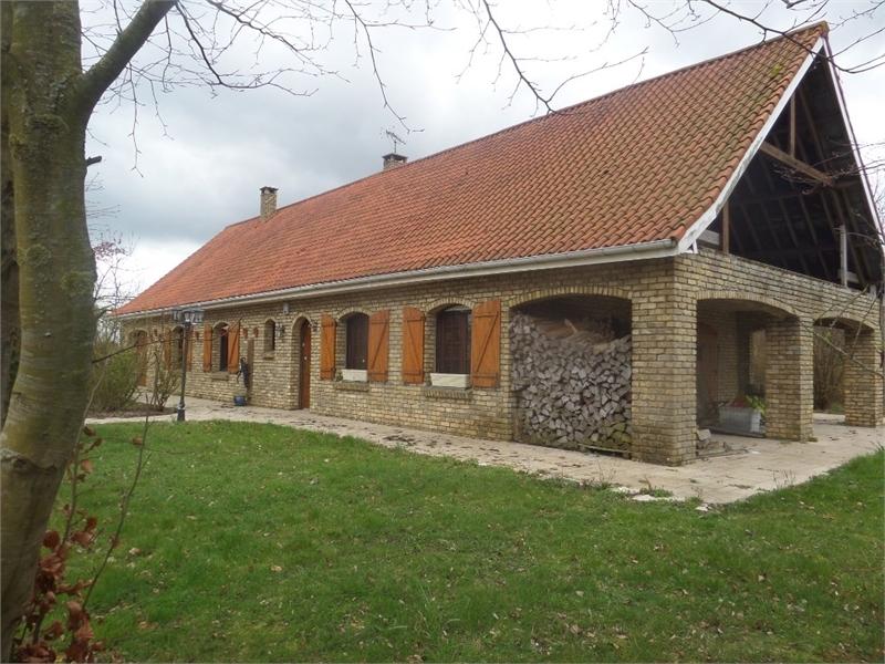 Maison individuelle en vente bourbourg 250 m 359 for Acheter du bois pour meuble