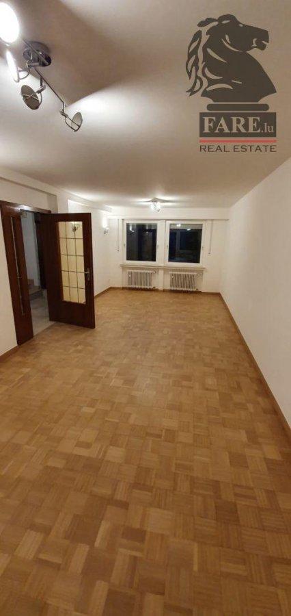 louer maison 4 chambres 125 m² strassen photo 3