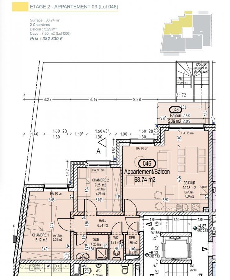 Votre agence IMMOLO RENA de Pétange vous propose dans une résidence contemporaine en future construction de 13 unités sur 4 niveaux située à Rodange, 45 chemin de Brouck 1 appartement de 68.74 m2 au DEUXIEME ETAGE avec ascenseur décomposé de la façon suivante:  - Hall d'entrée de 6.34 m2 - Salle de bain de 4.25 m2 - Un WC sépare de 1,71 m2 - Un débarras de 1,36 m2 - Cuisine ouverte et salon de 30,35 m2 donnant accès au balcon de 5.29 m2. - Une première chambre de 15,12 m2, une deuxième chambre de 9,25 m2 - Une cave privative et un emplacement pour lave-linge et sèche-linge au sous sol. Possibilité d'acquérir un emplacement intérieur (25.000 €) ou un garage fermé intérieur (35.000€).  Cette résidence de performance énergétique AB construite selon les règles de l'art associe une qualité de haut standing à une construction traditionnelle luxembourgeoise, châssis en PVC triple vitrage, ventilation double flux, chauffage au sol, video - parlophone, système domotique, etc... Avec des pièces de vie aux beaux volumes et lumineuses grâce à de belles baies vitrées.  Ces biens constituent entres autre de par leur situation, un excellent investissement. Le prix comprend les garanties biennales et décennales et une TVA à 3%. Livraison prévue septembre 2021.  Pour tout contact: Joanna RICKAL +352 621 36 56 40 Vitor Pires: +352 691 761 110   L'agence ImmoLorena est à votre disposition pour toutes vos recherches ainsi que pour vos transactions LOCATIONS ET VENTES au Luxembourg, en France et en Belgique. Nous sommes également ouverts les samedis de 10h à 19h sans interruption.