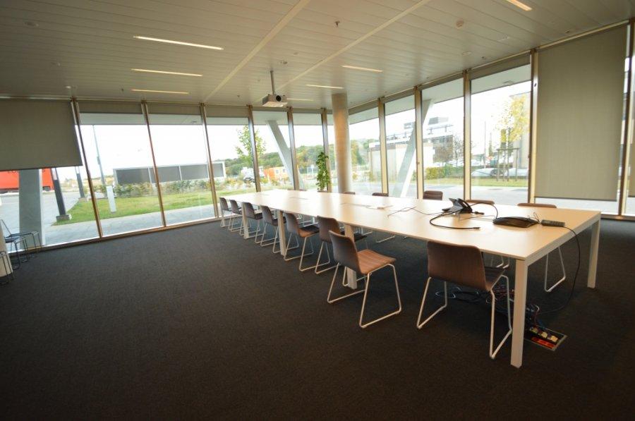 louer bureau 0 chambre 258.66 m² leudelange photo 1