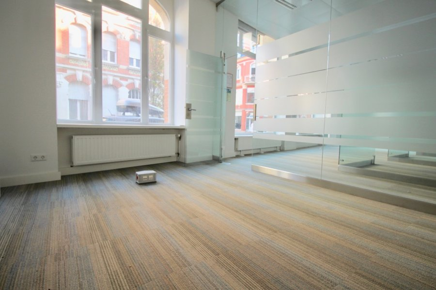 louer local commercial 0 chambre 74 m² esch-sur-alzette photo 6