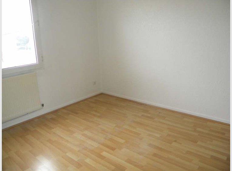 location appartement f3 pinal vosges r f 5352937. Black Bedroom Furniture Sets. Home Design Ideas
