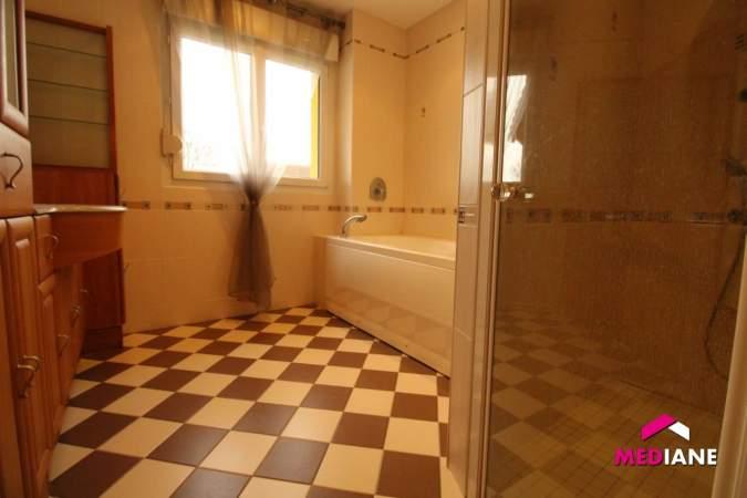 acheter maison 8 pièces 210 m² charmes photo 6