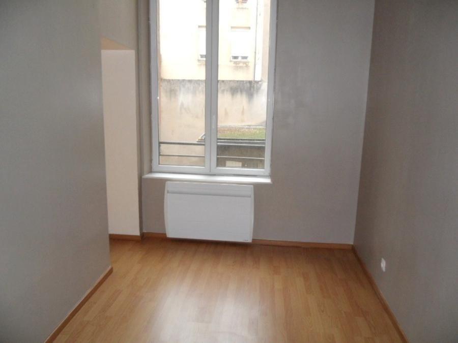 louer appartement 2 pièces 44 m² metz photo 2