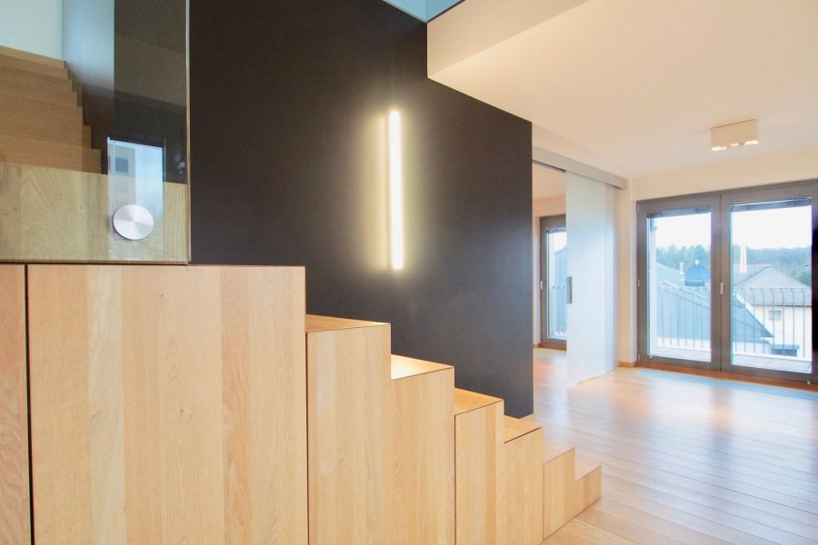 louer duplex 1 chambre 103 m² strassen photo 6
