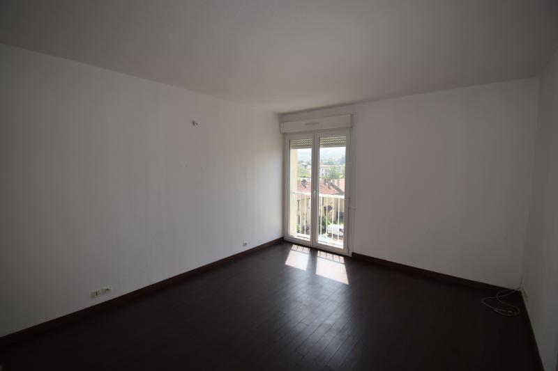 louer appartement 4 pièces 70 m² joeuf photo 4