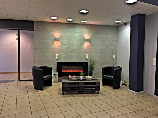 louer bureau 0 pièce 146 m² neufchâteau photo 3
