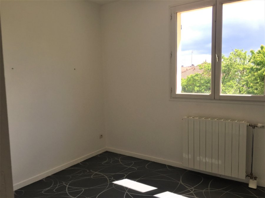 louer appartement 4 pièces 69 m² revigny-sur-ornain photo 4