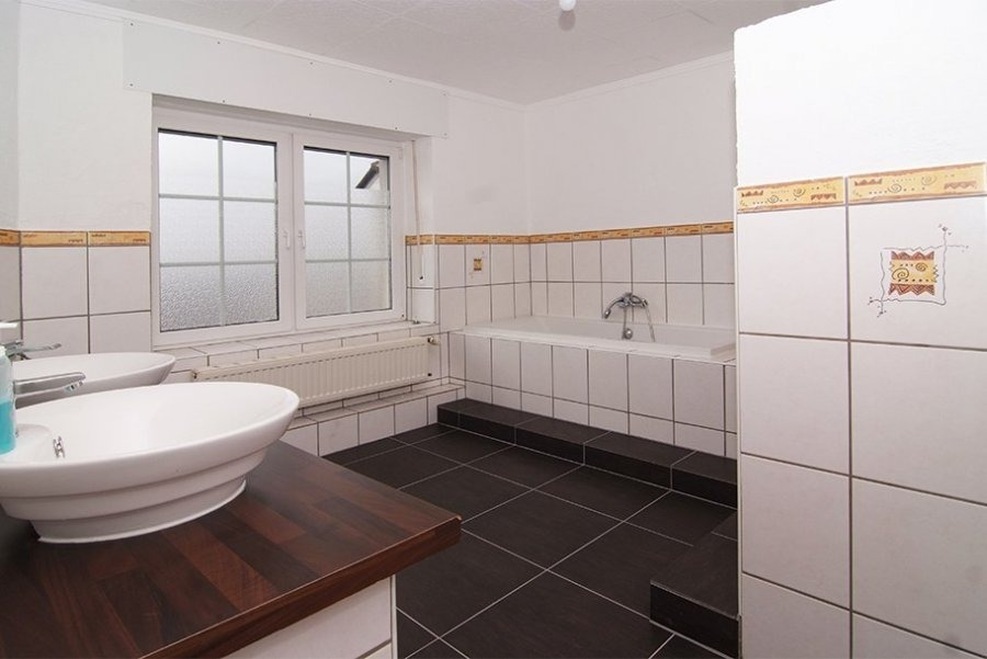 terraced for buy 12 rooms 188 m² freudenburg photo 1