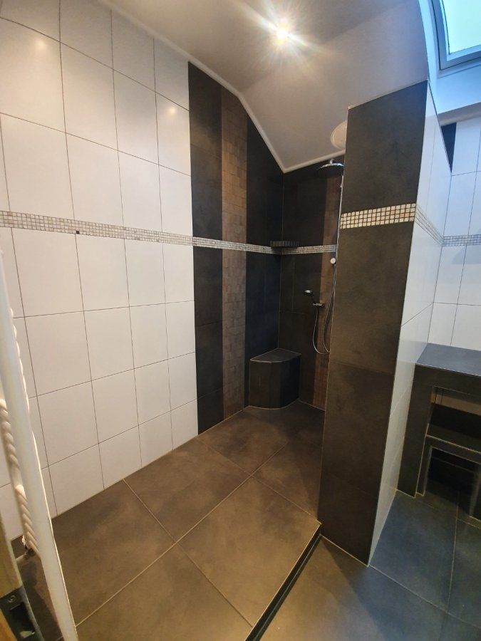 Maison jumelée à louer 2 chambres à Hoscheid-Dickt