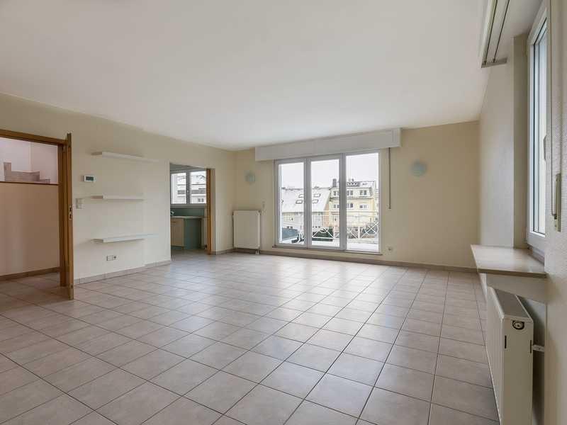 louer appartement 3 chambres 172 m² leudelange photo 2