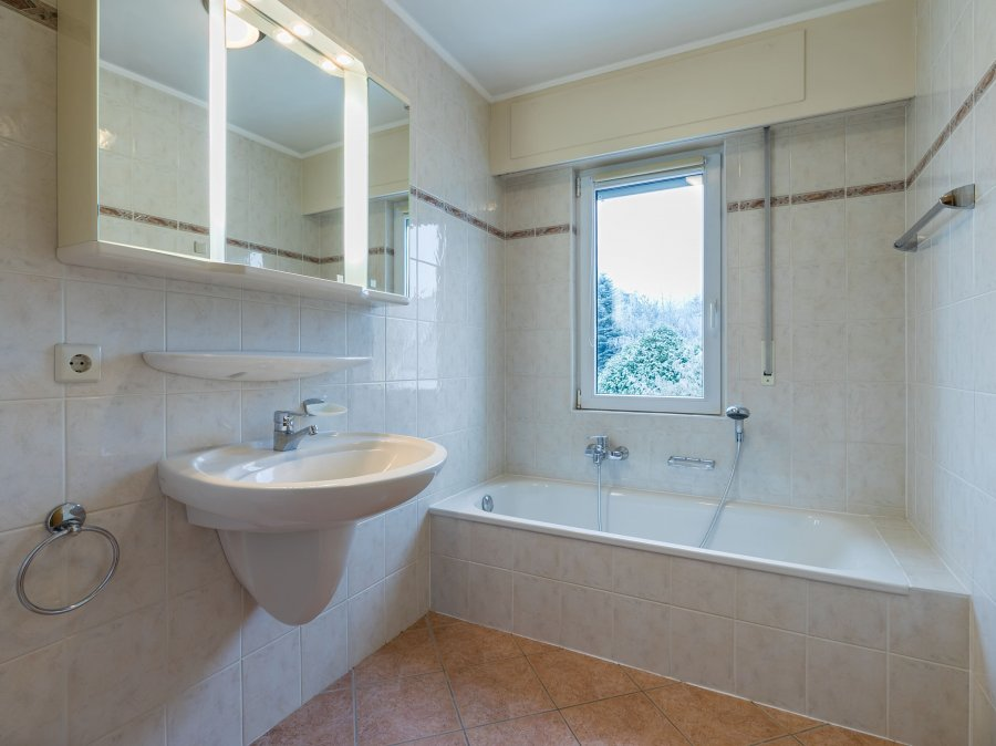 louer appartement 3 chambres 172 m² leudelange photo 4