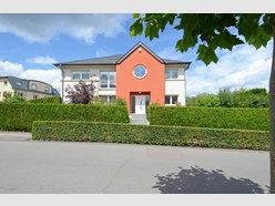 Duplex for sale 5 bedrooms in Strassen - Ref. 6888986