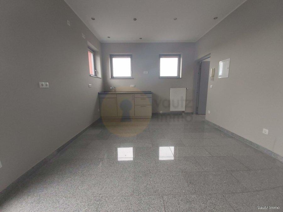 louer bureau 0 chambre 57 m² contern photo 5