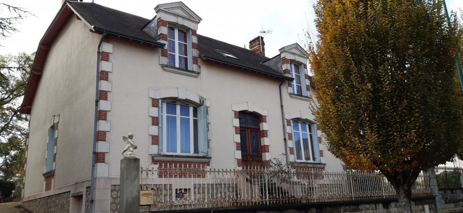 Maison à vendre F8 à Chateau du loir
