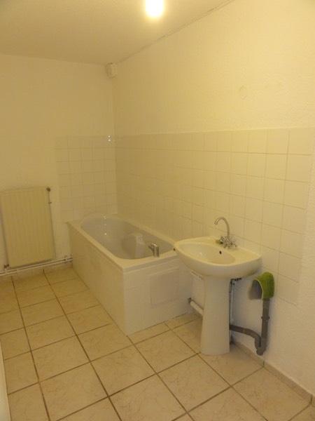 louer appartement 5 pièces 107 m² moyeuvre-grande photo 4