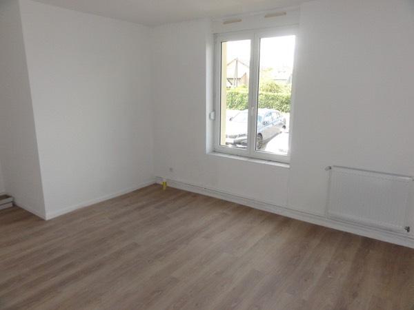 louer appartement 5 pièces 107 m² moyeuvre-grande photo 3