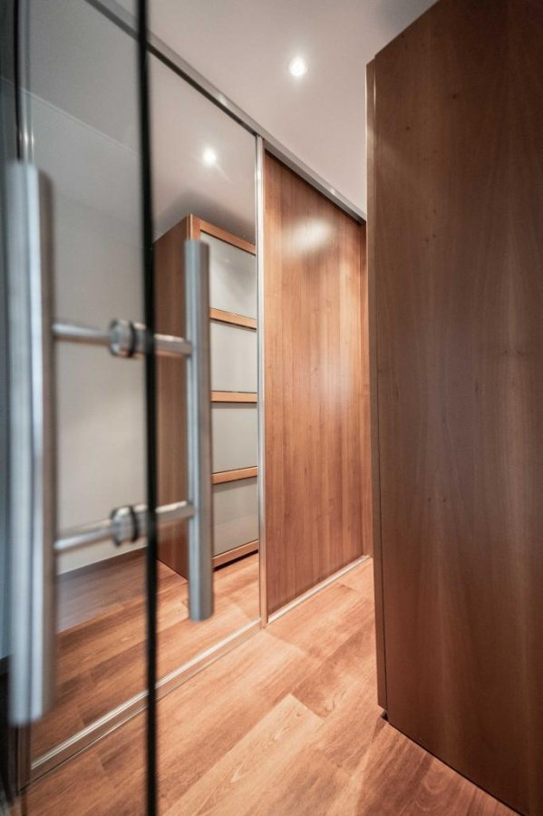 Maison individuelle à vendre 5 chambres à Roodt-sur-syre