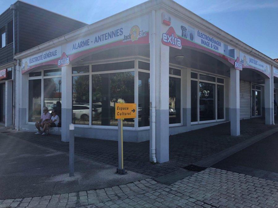 louer local commercial 2 pièces 61 m² jard-sur-mer photo 1