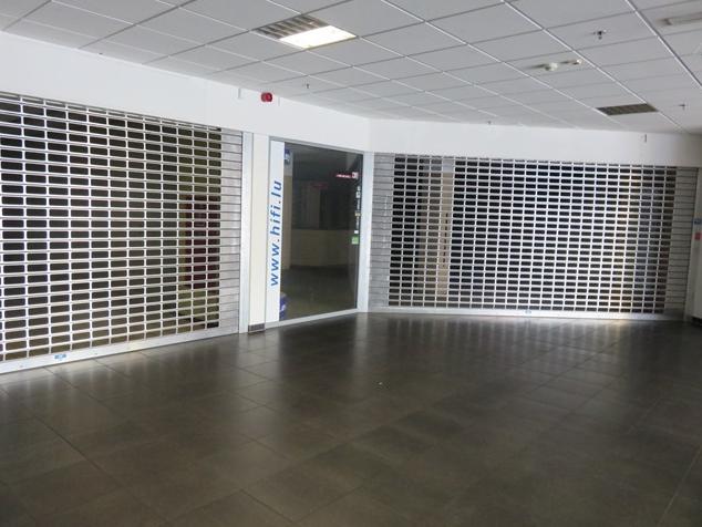 louer local commercial 0 chambre 200 m² mertert photo 3