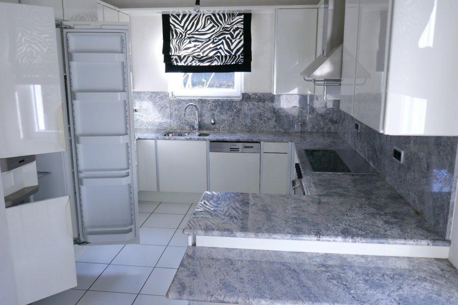 Villa à vendre 4 chambres à Dudelange