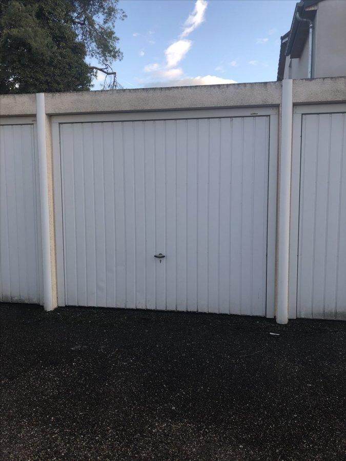 louer garage-parking 0 pièce 0 m² hettange-grande photo 1