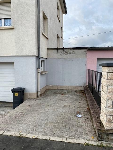 Garage ouvert à vendre à Esch-sur-Alzette