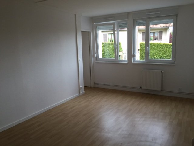 Appartement à louer F3 à Waldwisse