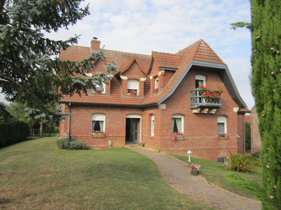 Maison à vendre F8 à Cambrai