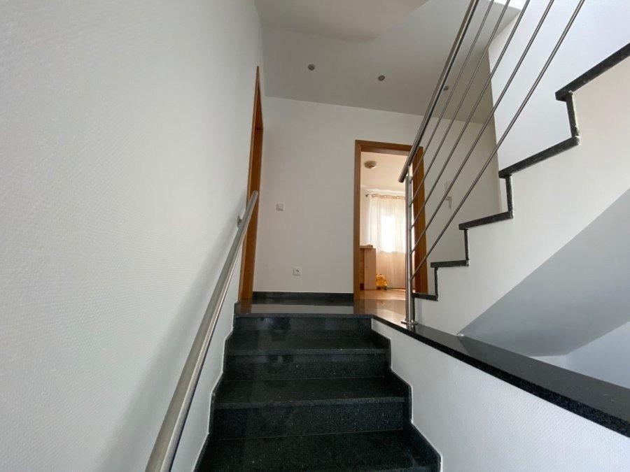 Maison individuelle à vendre 6 chambres à Sanem