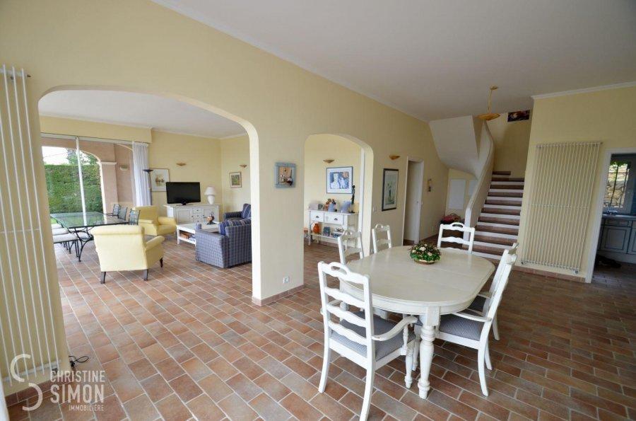 Villa à vendre 4 chambres à Mandelieu-la-napoule