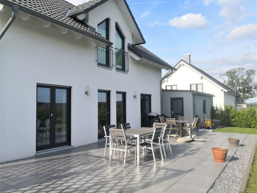 einfamilienhaus mieten 0 zimmer 160 m² kastel-staadt foto 5