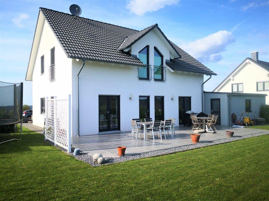 einfamilienhaus mieten 0 zimmer 160 m² kastel-staadt foto 1