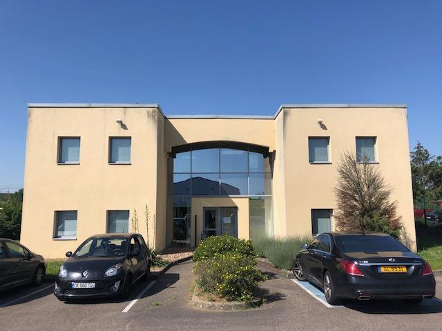 büro kaufen 22 zimmer 541 m² peltre foto 1