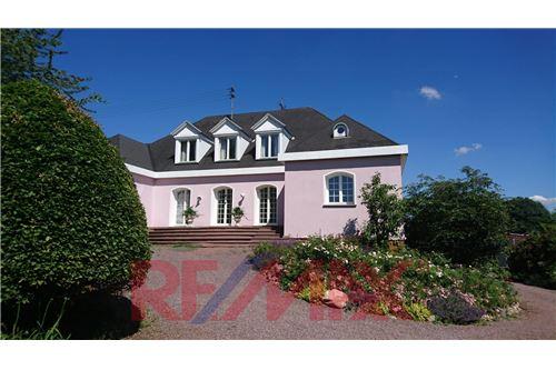 einfamilienhaus kaufen 13 zimmer 768 m² wallerfangen foto 2