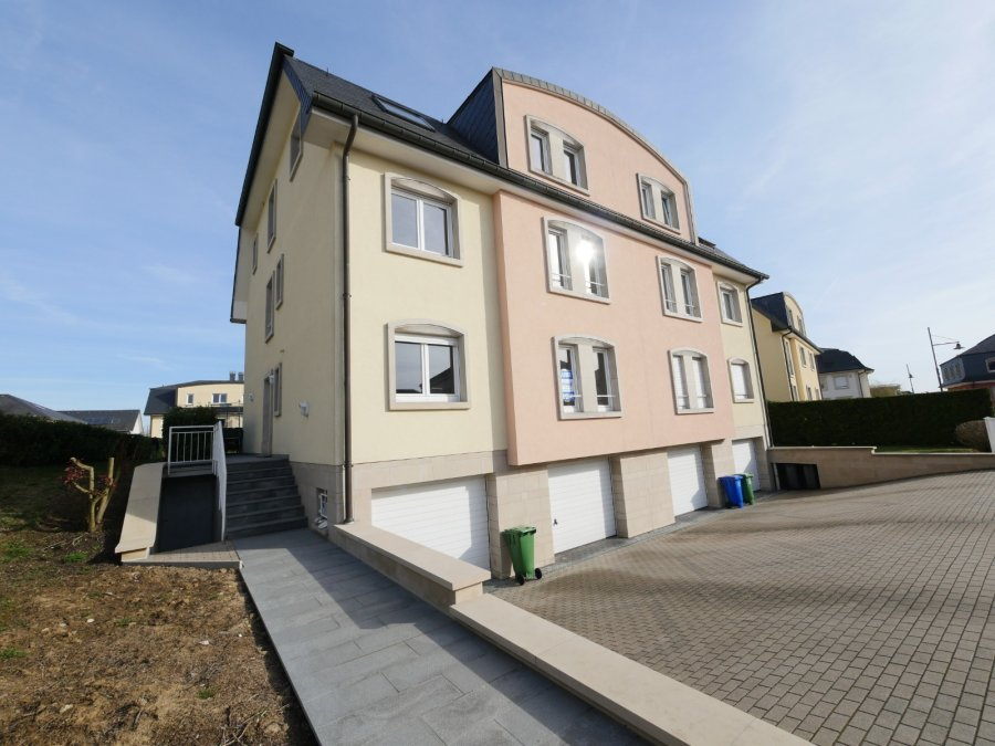 Appartement à louer 4 chambres à Strassen