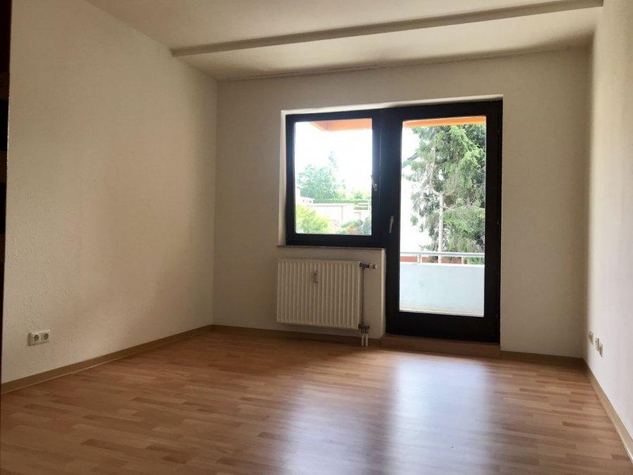 wohnung kaufen 1 zimmer 26 m² trier foto 1