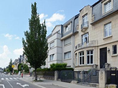 Maison de maître à vendre 6 Chambres à Luxembourg-Belair - Réf. 5943434
