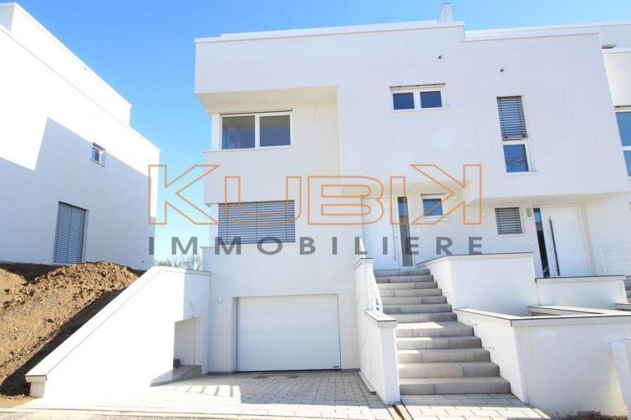 Maison jumelée à vendre 4 chambres à Leudelange