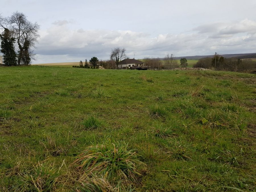 Terrain constructible à vendre à Broussey en blois