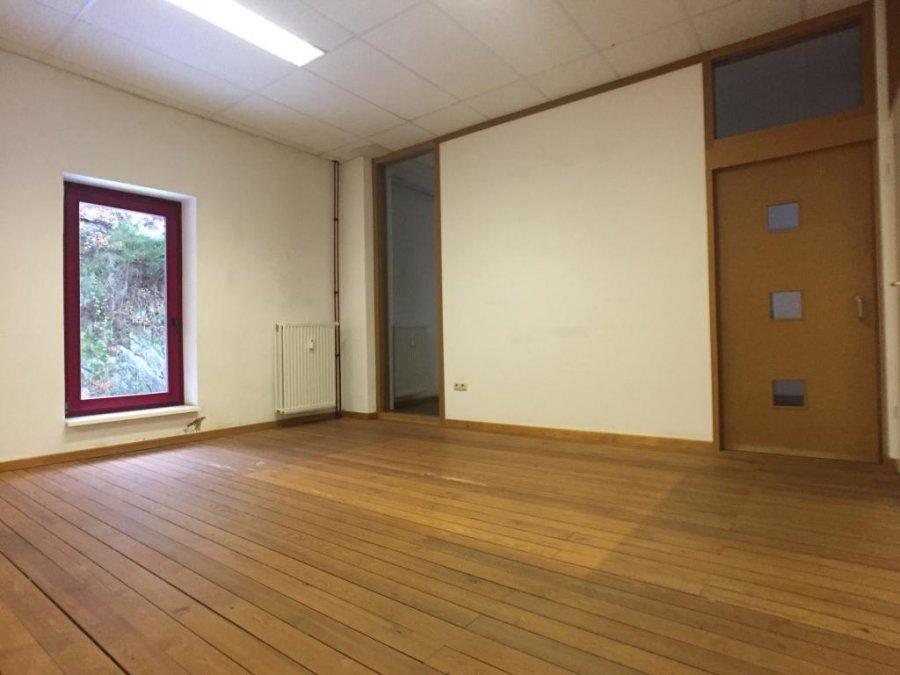 louer bureau 0 chambre 120 m² troisvierges photo 2